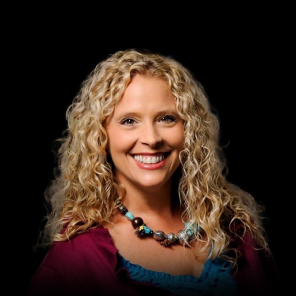 Beth Boone Headshot 02